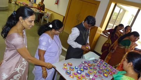 Aadiwasi Mahila Nirmit Vastu Pradarshani - 2018 Yashwantrao Chavan Maharastra Open University.